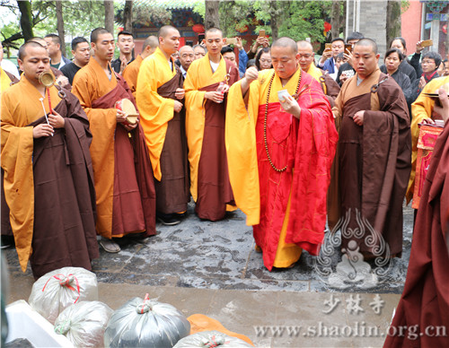Весак в монастыре Шаолинь