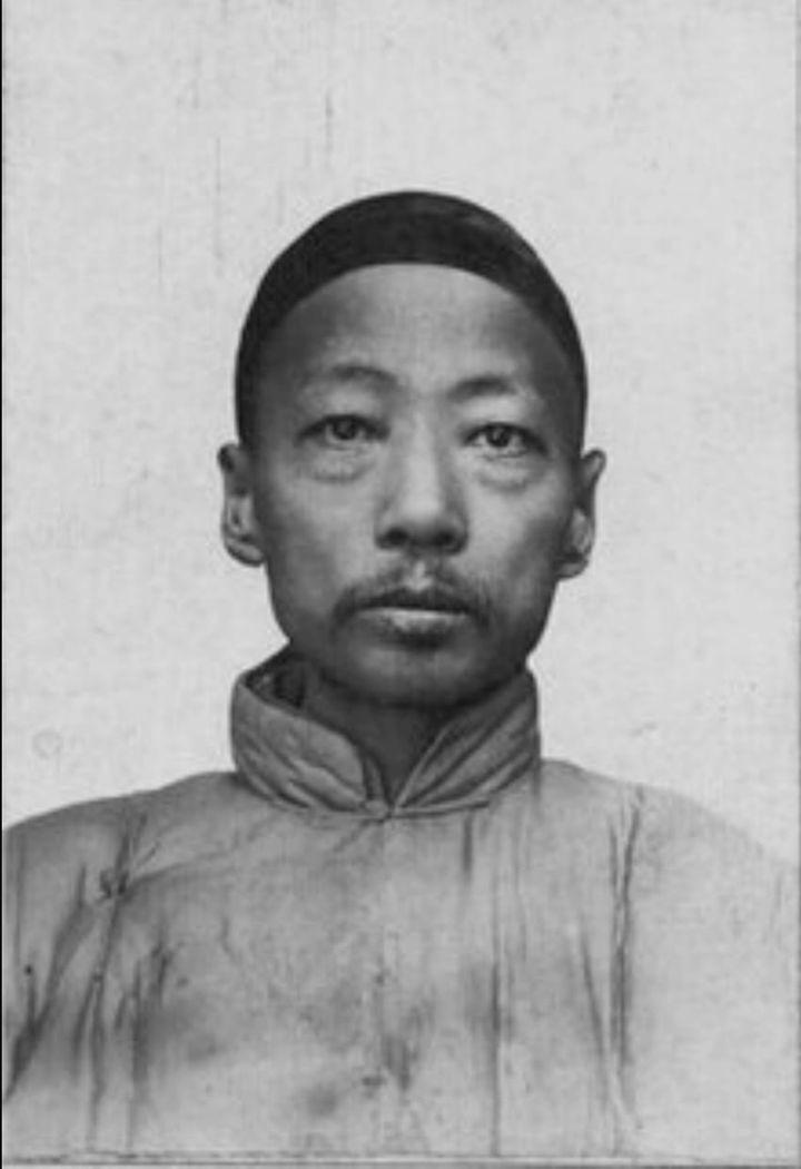 Чжоу Сю-хай фото